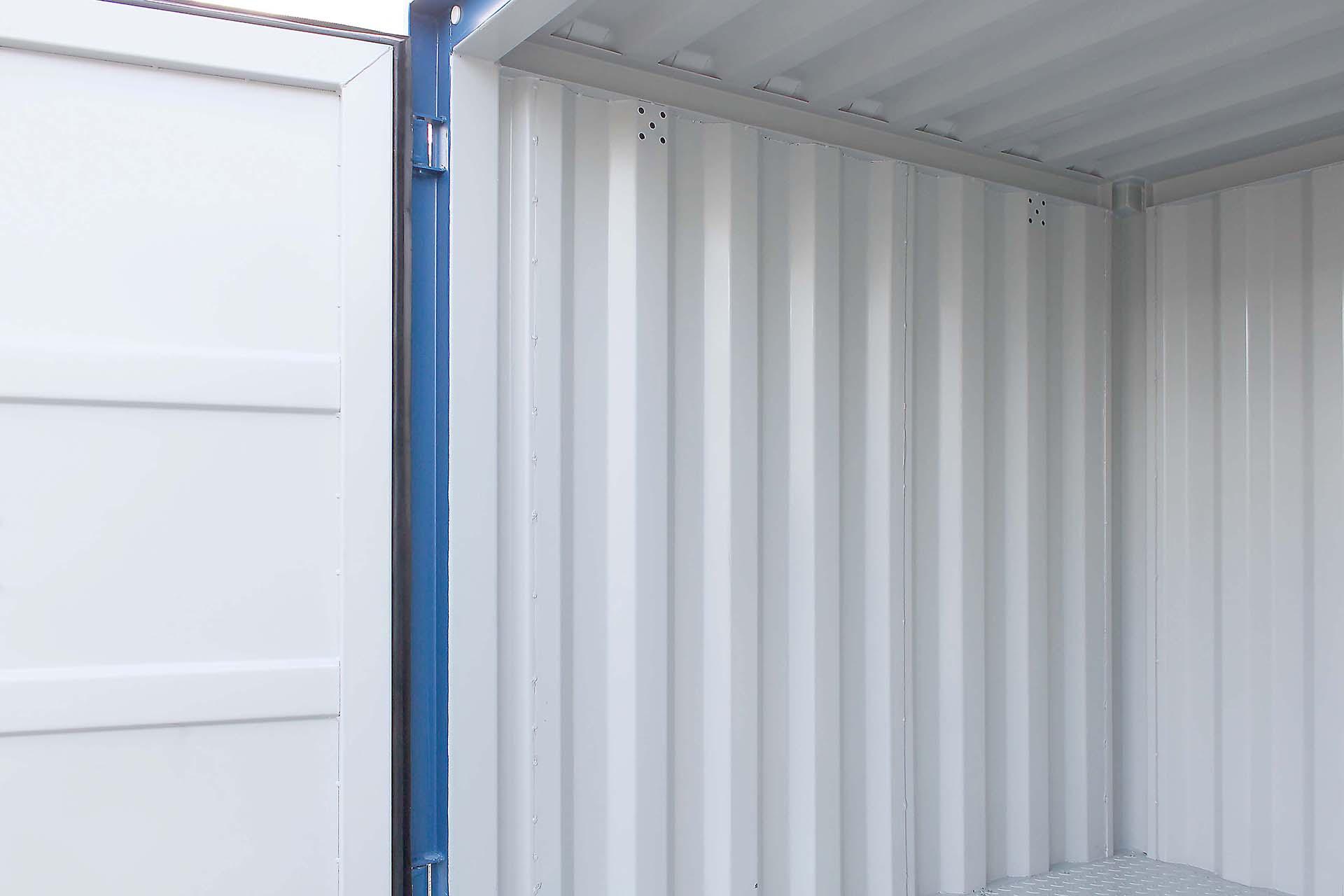 8ft Container met stalen vloer interieur 11