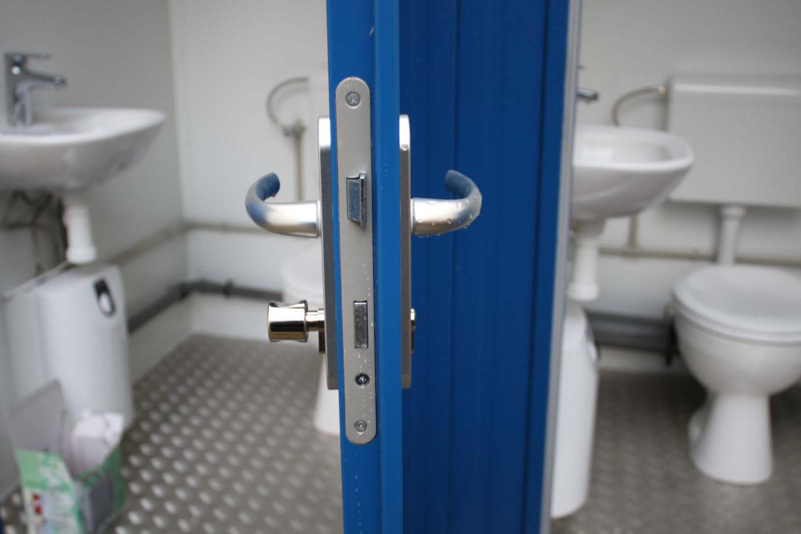 8ft-toilet unit detail